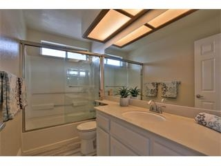 1272 Chessington Dr-Bath Room2.jpg